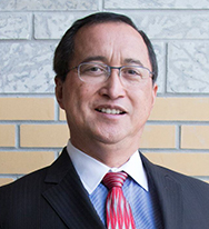 Headshot of Prof Adriano Solis