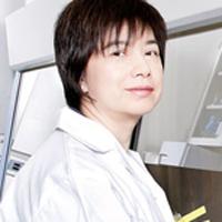 headshot of Professor Chun Peng