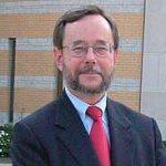 headshot of Prof Robert Drummond