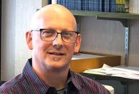 headshot of Steven Tufts