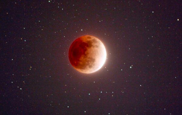 Enhanced image of super blue blood moon. Credit: NASA